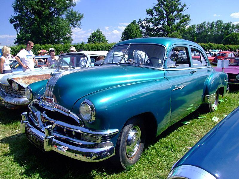 Pontiac Chieftain (1949, USA)