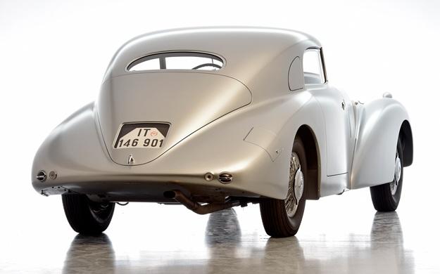 Mercedes-1938-540-K-Streamliner-Pebble-Beach-2