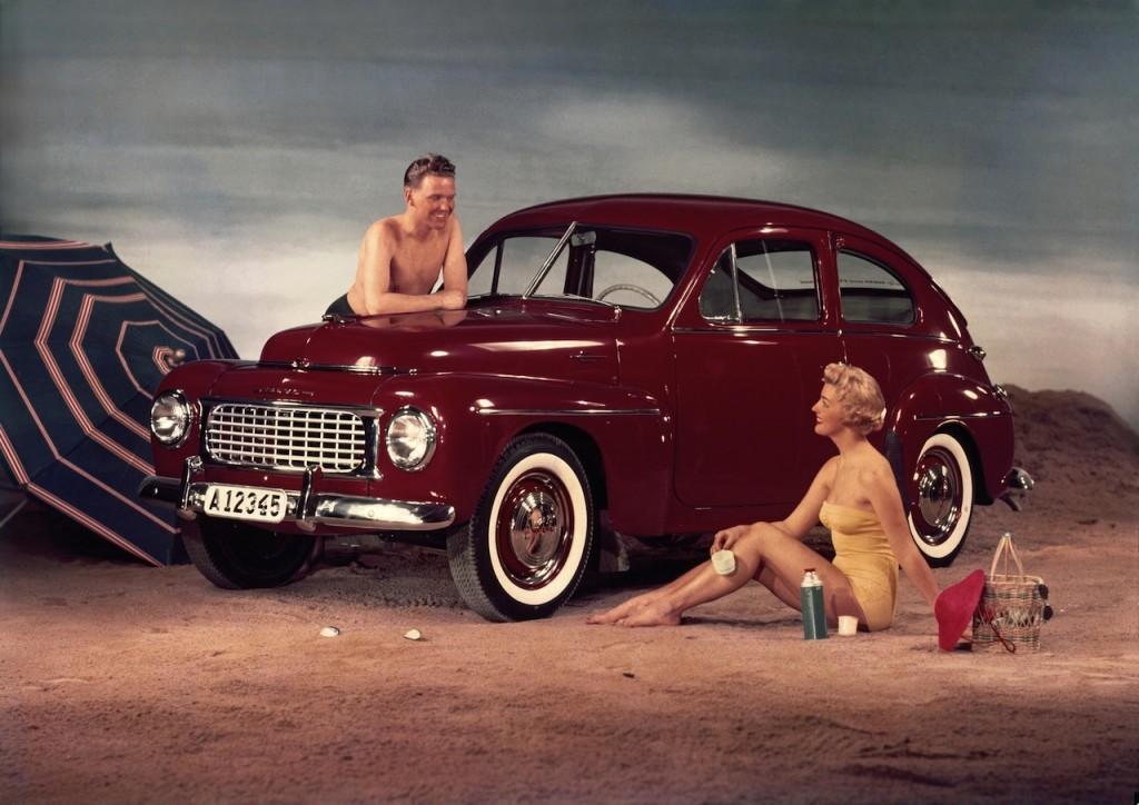 Volvo PV444 1944